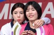 이재영-이다영, 무기한 출장정지 징계...흥국생명 '철퇴' 내렸다